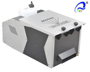 China High Powered 3000W Low Lying Fog Machine With Wired / Remote Control Non - Toxic supplier