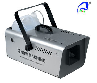 China Remote Control 1 L 16A Stage Fog Machine / Snow Machine 1500 Watt 400 ml / min supplier